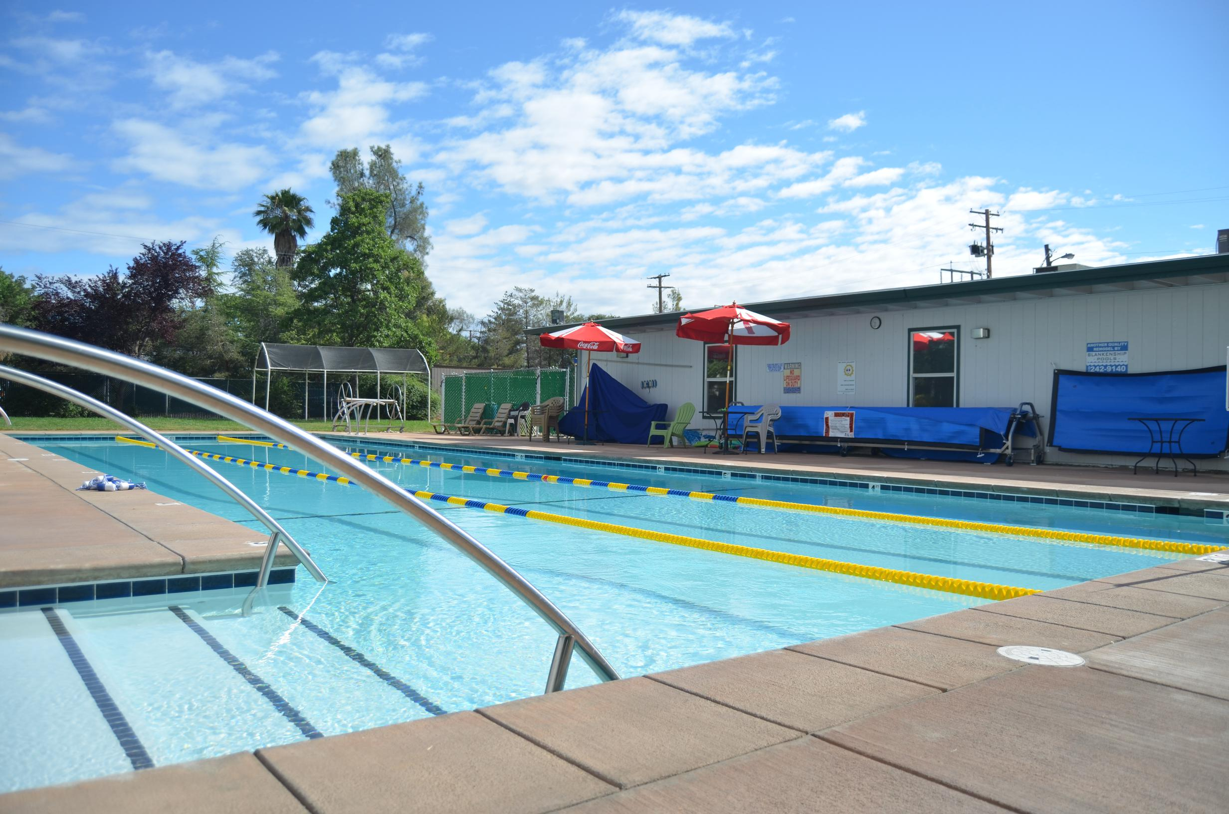 About redding gym redding gym for Outdoor pool